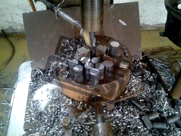 接法固)�_走进钢筋套筒 了解固力士钢筋连接套筒厂家
